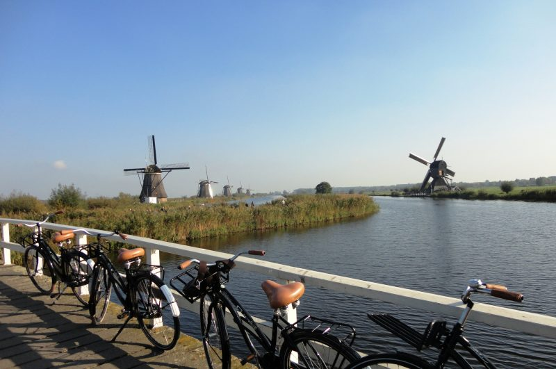 Cycle to Kinderdijk Windmills - Green Cow Bike Tours