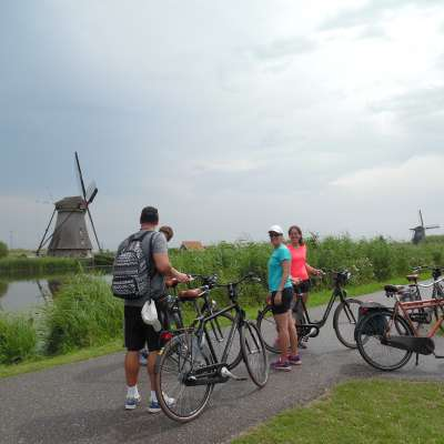 Kinderdijk Windmills - Green Cow Bike Tours